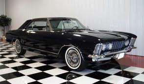 Buick Riviera photo